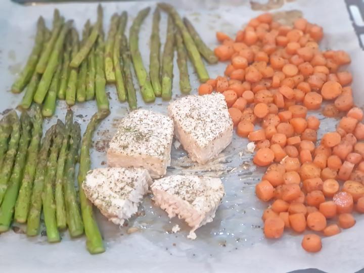 Recept | Tonijn steak uit de oven metgroente